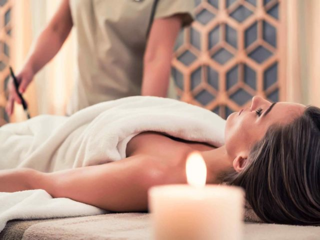 https://www.atmospherespa.gr/wp-content/uploads/2018/10/spa-treatment-5-640x480.jpg