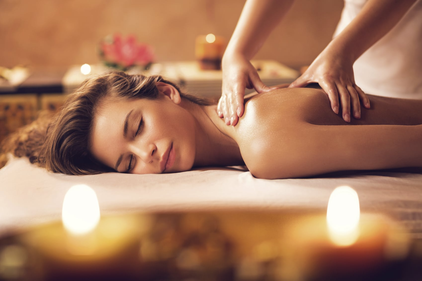 https://www.atmospherespa.gr/wp-content/uploads/2018/12/Massage-2.jpg